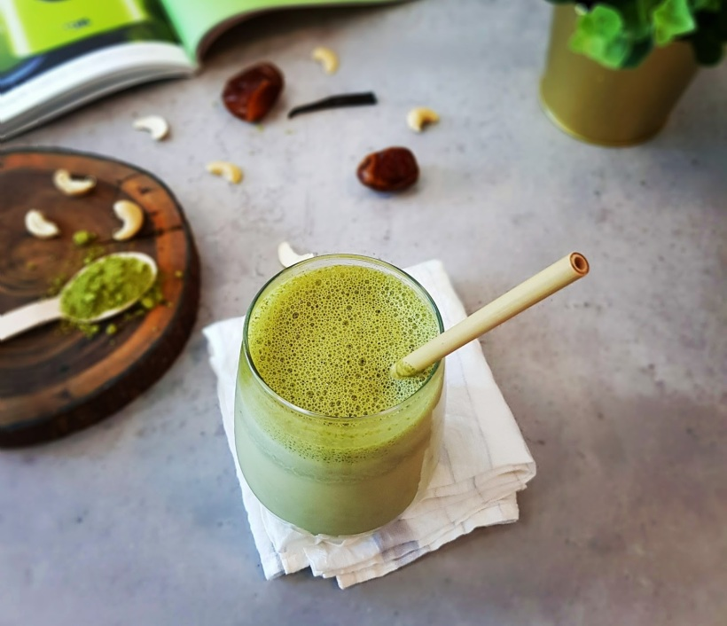 Vegan matcha latte - Eco-friendly Straws